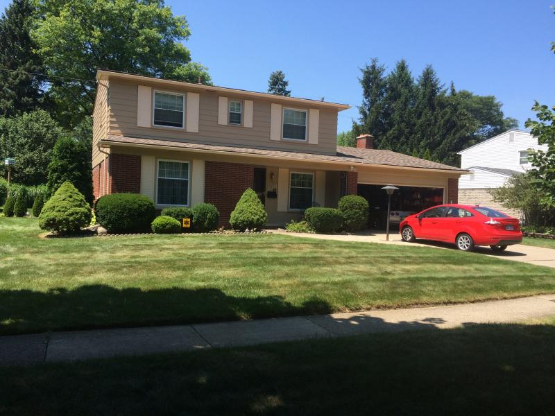 completed house painting in Farmington Hills